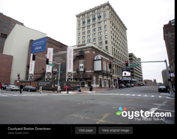 This links directly to the booking page for this hotel at Oyster.com